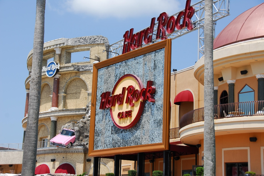 Hard Rock Cafe Orlando Sign 2 (1024x685).jpg
