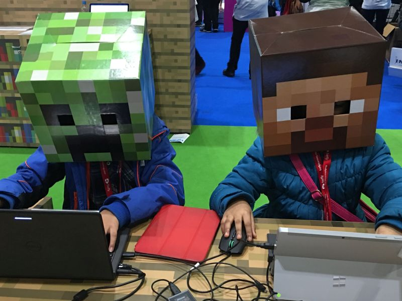 Machine Learning, Minecraft and the Patient Experience