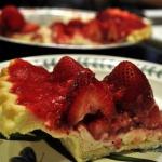 Fresh Strawberry and Cream Cheese Pie