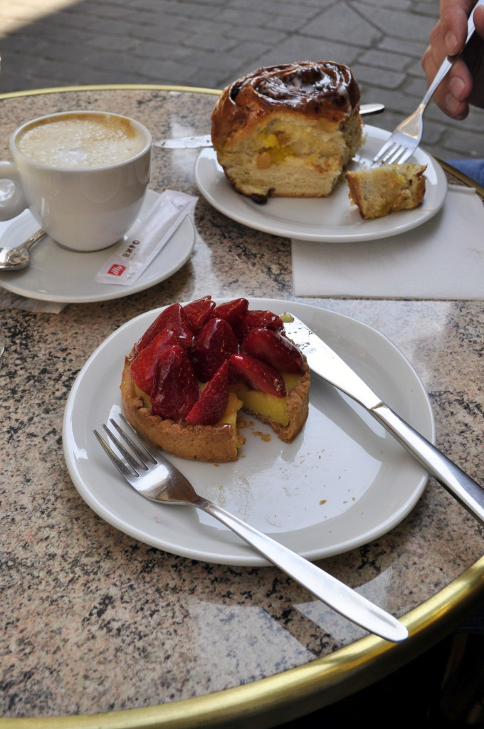 Our coffee break in Paris