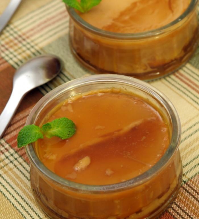 Flan caramel dessert
