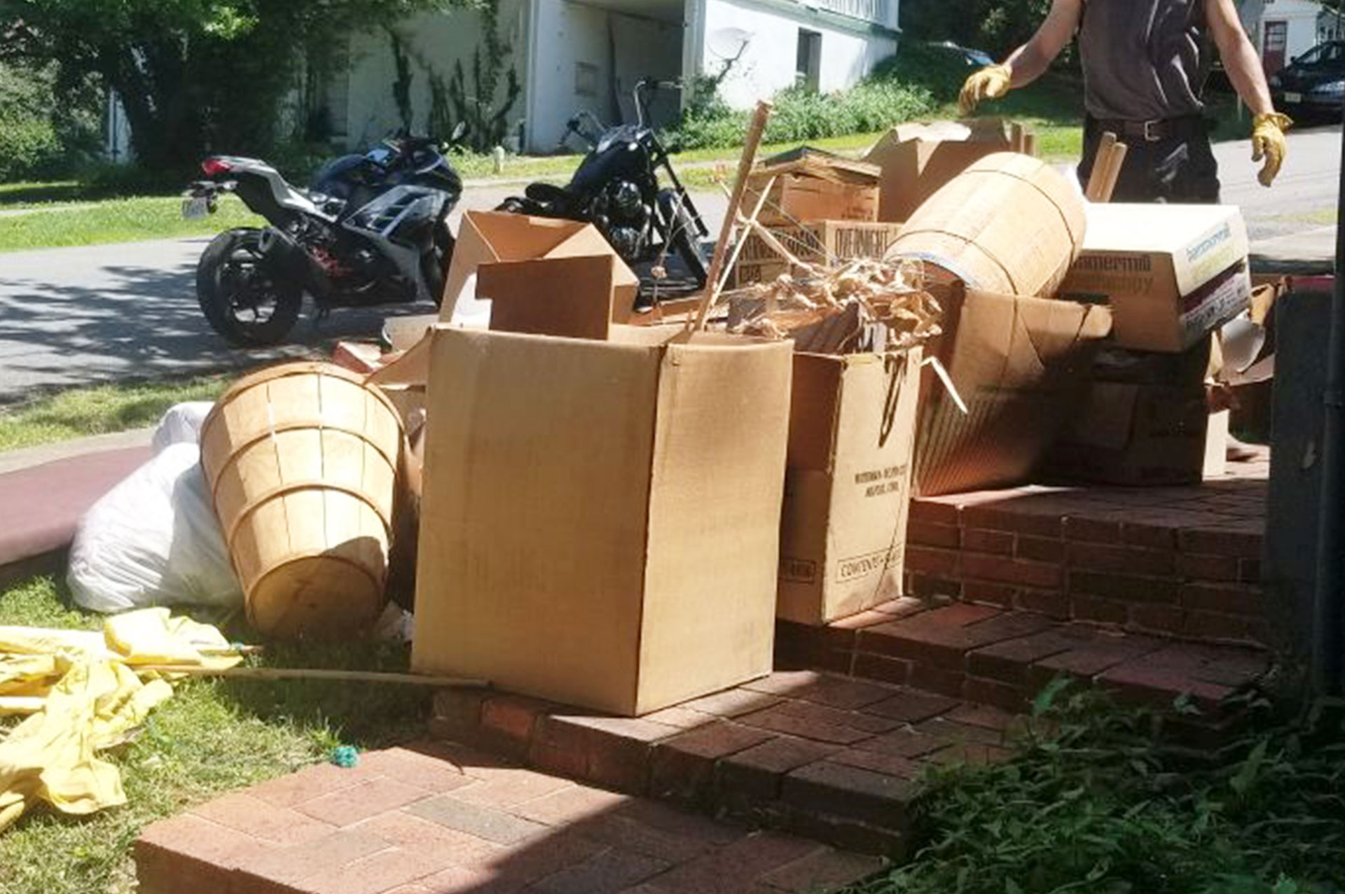 Weekly trash pickup customers receive a discount on junk removal.