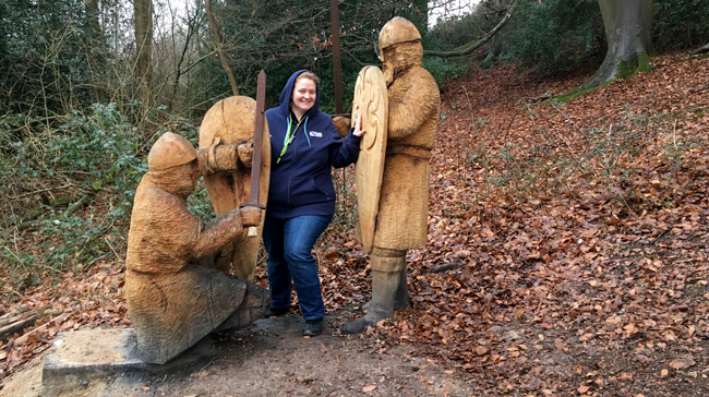 Now, now fellas, I'm taken already anyway! Wood sculptures line your route on the circuit around the ridge of the 1066 Battle of Hastings.
