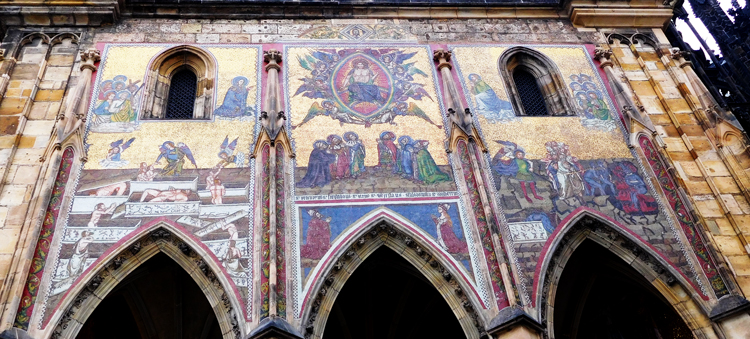 St Vitus Cathedral's intricate mosaic on the outer wall.
