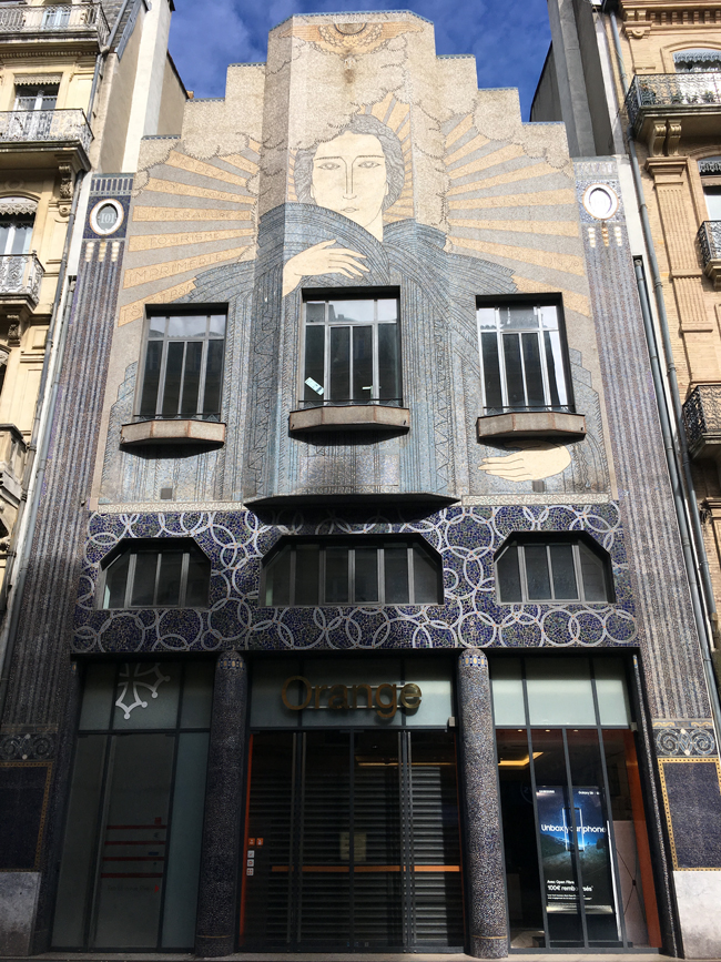 Street art, Toulouse style.