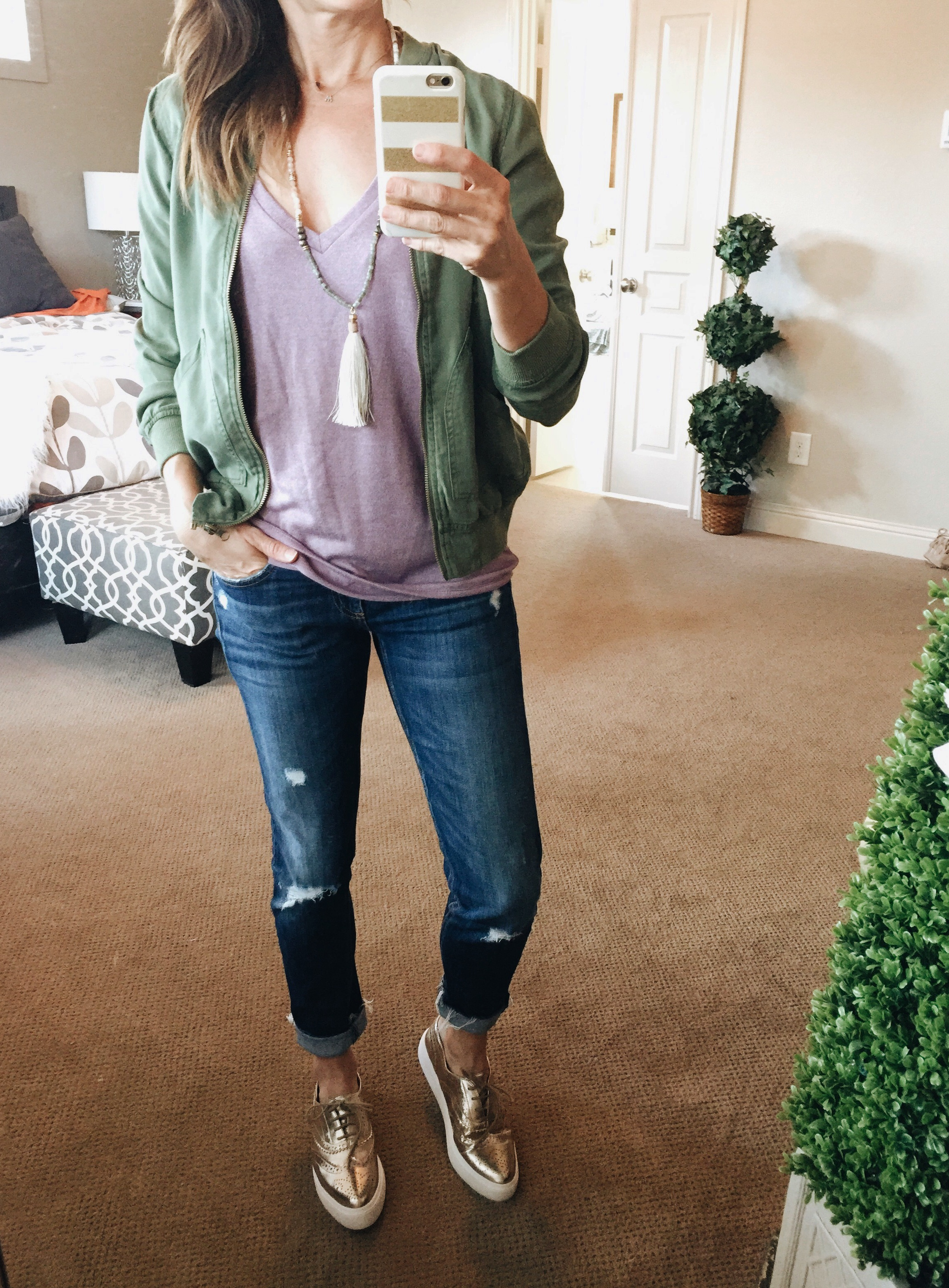 causal, everyday style, layers, mauve, Express, Tshirt, rag and bone, distressed denim, gold, platform sneakers, steve madden, bomber jacket, light layers, tassel necklace, method39, wardrobe stylist, your stylist