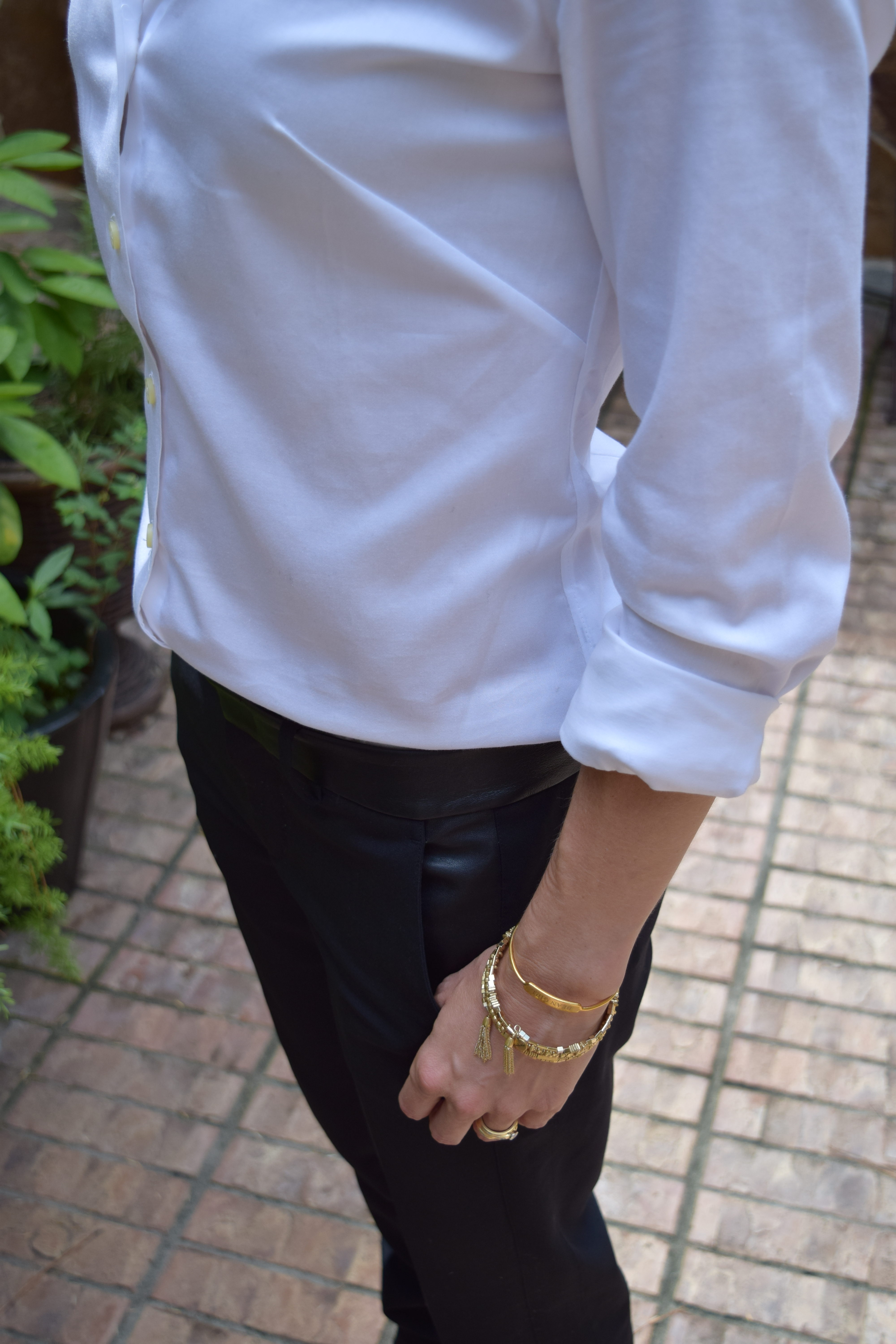 white, dress shirt, button up, method39, how to wear it, versatility, classic, layers, dress up