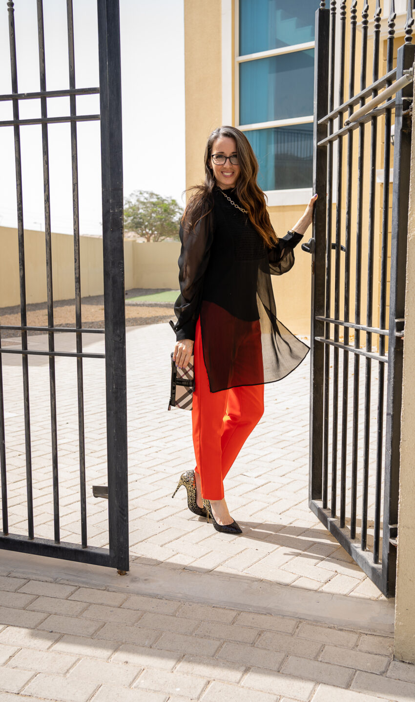 Method39, method to style, my style, red trousers, black blouse, sequined heels, street style, mom style, over 40 style, mompreneur, night out, dressed up
