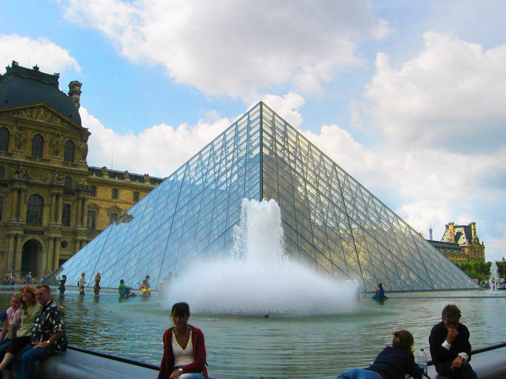 The fountain outside Louvre, Paris, France