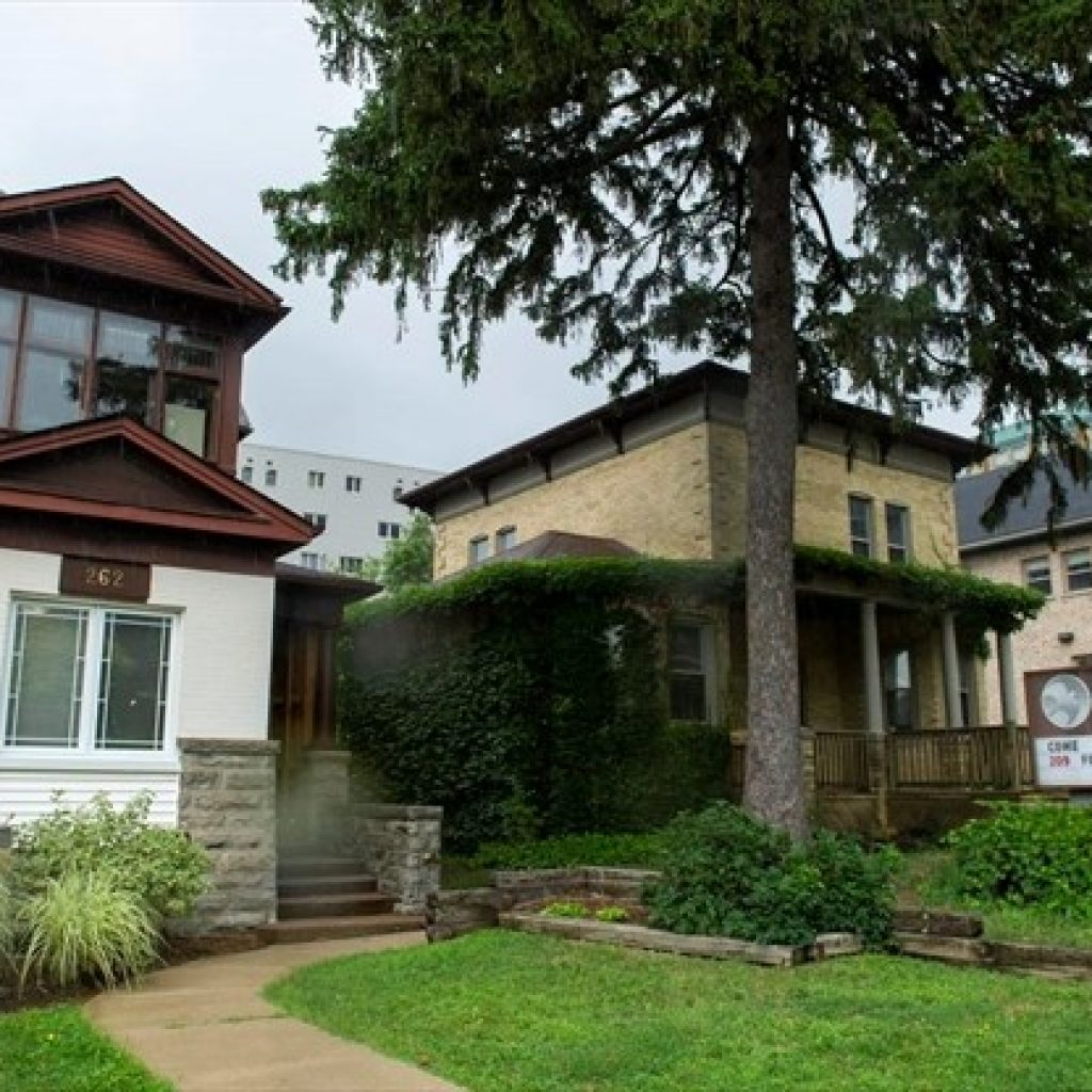 Kitchener votes to save heritage homes on Queen Street