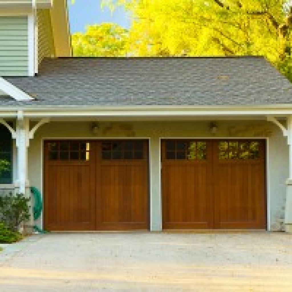 GARAGE DOOR DESIGN TRENDS TO KEEP AN EYE ON