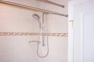 bathrooms-28