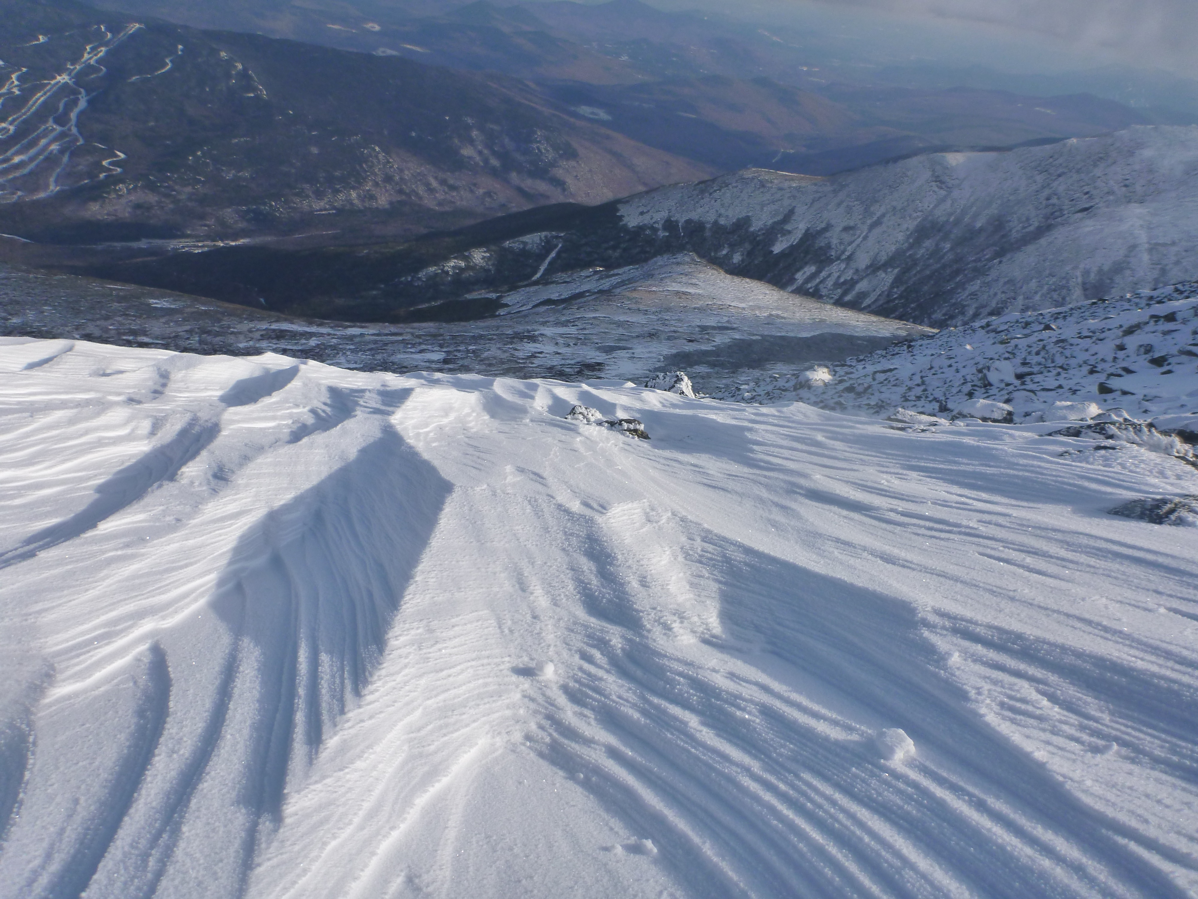 East Snowfields of Mount Washington (Courtesy of http://www.accuweather.com/en/weather-blogs/clarkb/my-favorite-pictures-part-3-skiing/83105)