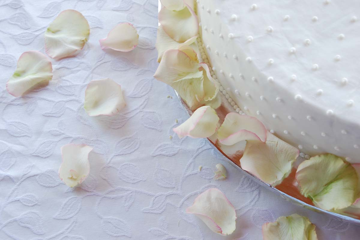 Eatible Delights Catering | Day of Your Wedding Featured Image