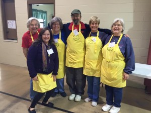 2015_ThanksgivingHens_Volunteers