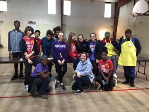 2015_ThanksgivingHens_Volunteers2