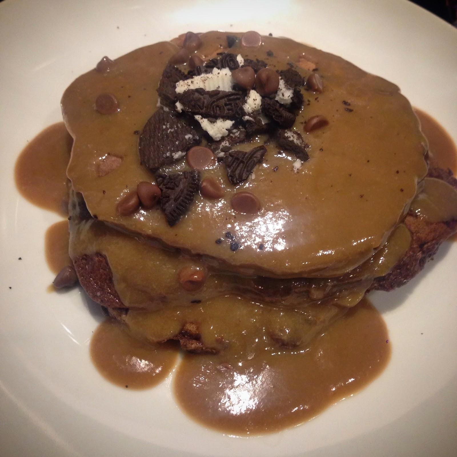 Chocolate Oreo Pancakes