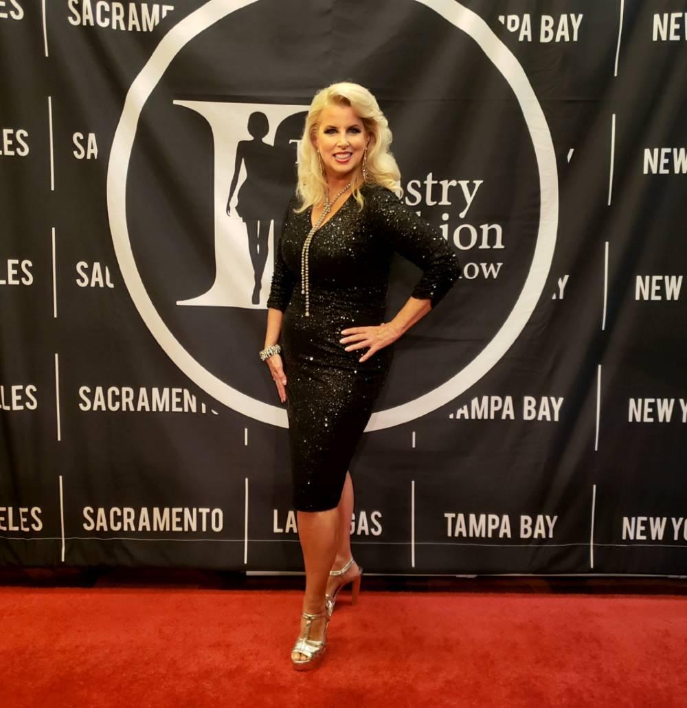 NYFW Rita Cosby on Red Carpet_