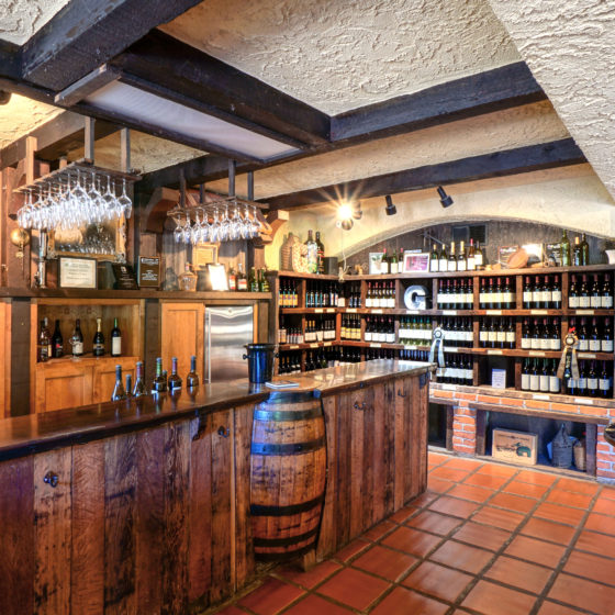 Guglielmo Winery Wine Bar
