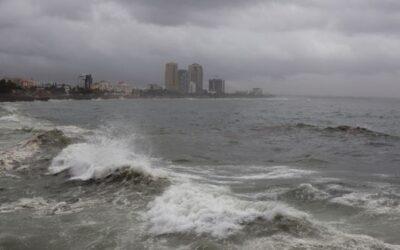 Tormenta tropical Gonzalo avanza en dirección al Mar Caribe.