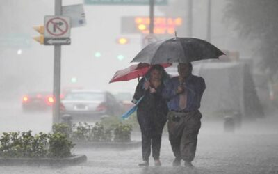 Ron DeSantis declara estado de emergencia para la costa este de la Florida ante huracán Isaías.