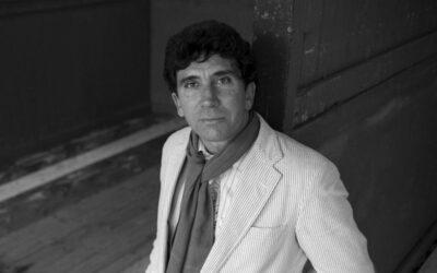 """Reinaldo Arenas a 30 años de su muerte: """"Cuba será libre. Yo ya lo soy""""."""