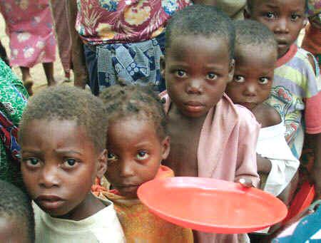 Hambre los mas afectados niños