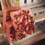 1000-roses-soap