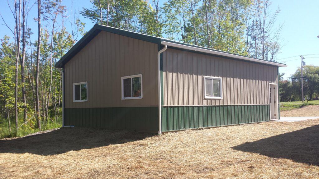 Post frame garage / Pole Barn