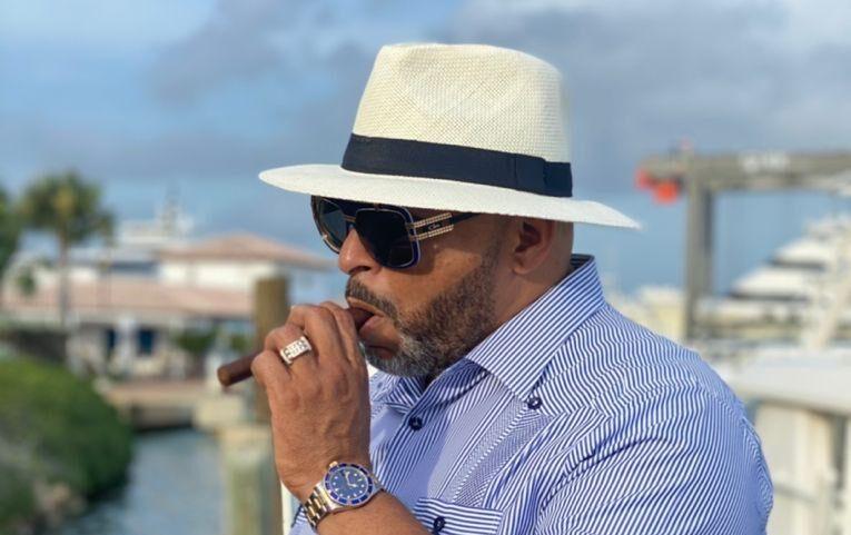 Guayaberas Men's Fashion