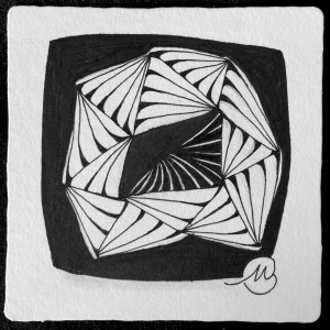The Diva challenged us to use the tangle, Munchin, and to create it on a black tile. Alas! I only had white tiles with me. In the spirit of the challenge I filled the background with dense black, and the lines just begged for rounding. This was a clear instance of being led by the tangle, and stopping in time.