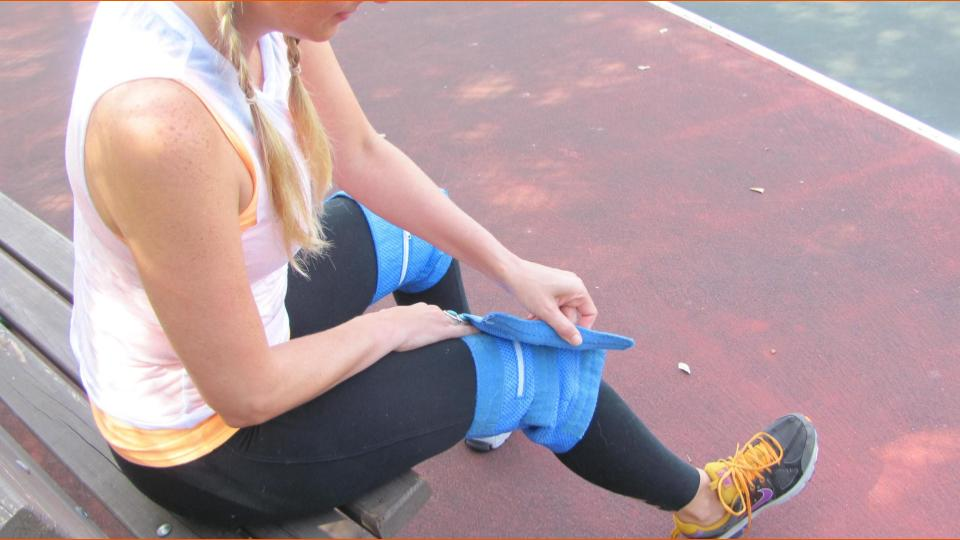 Use two wraps for shoulder and back injuries