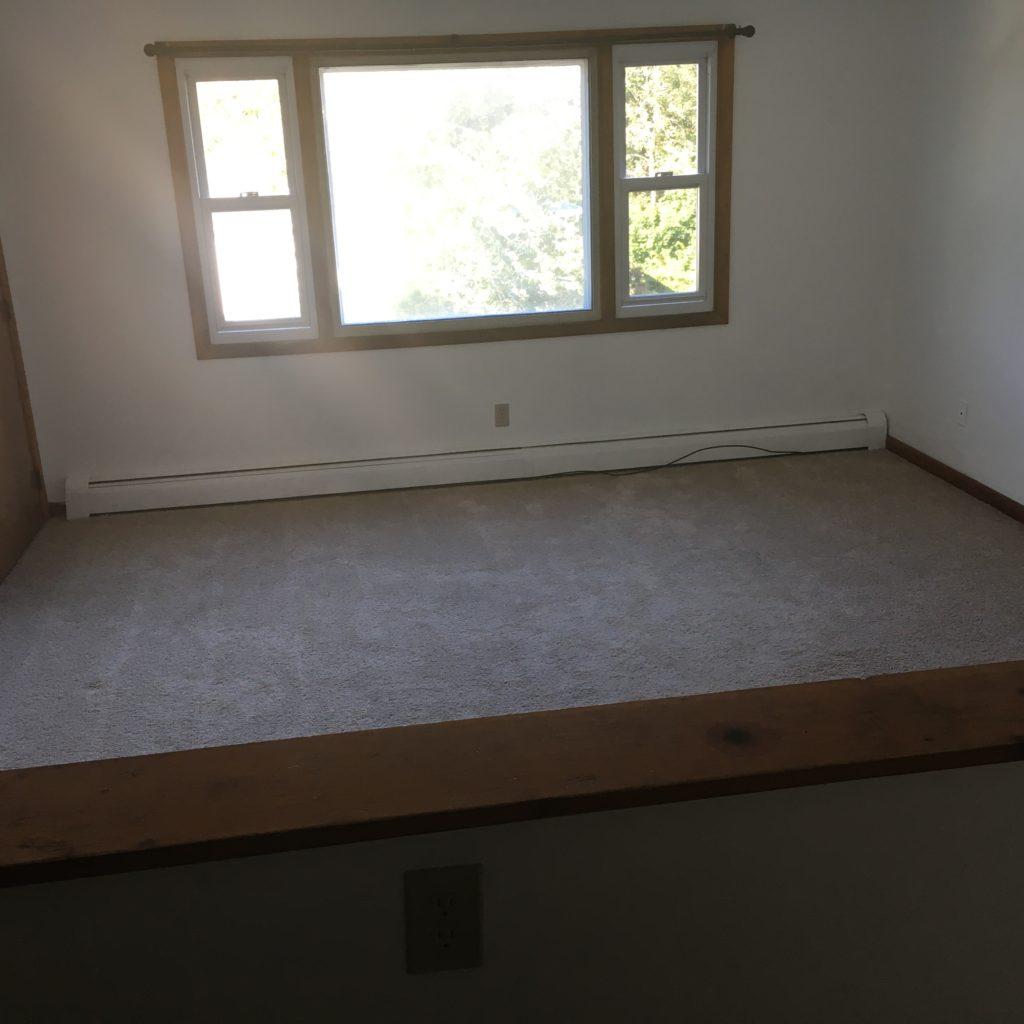 2 BR Carpet LR