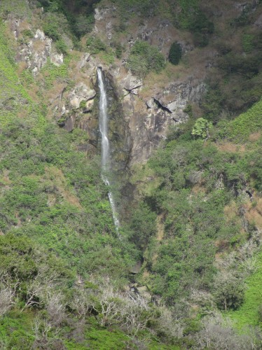 waihee ridge waterfall
