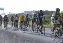 ciclistas-sufren-aparatoso-accidente-y-exigen-mayor-seguridad-cam