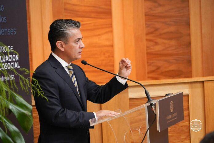 Miguel Mery Ayup urgen normas
