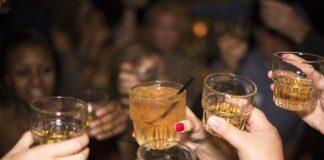 aumento de alcoholismo