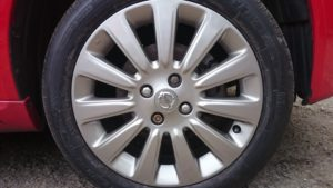 Alloy wheel scuffes repaired