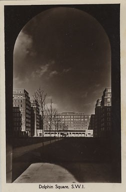 Dolphin Square 1939 (Copyright: Westminster City Archives)
