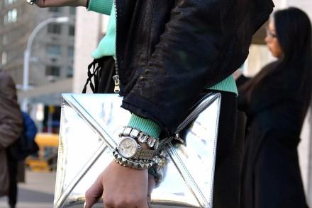 silver-case-accessory-NYFW-streetyle-look-newyork-mybigapplecity