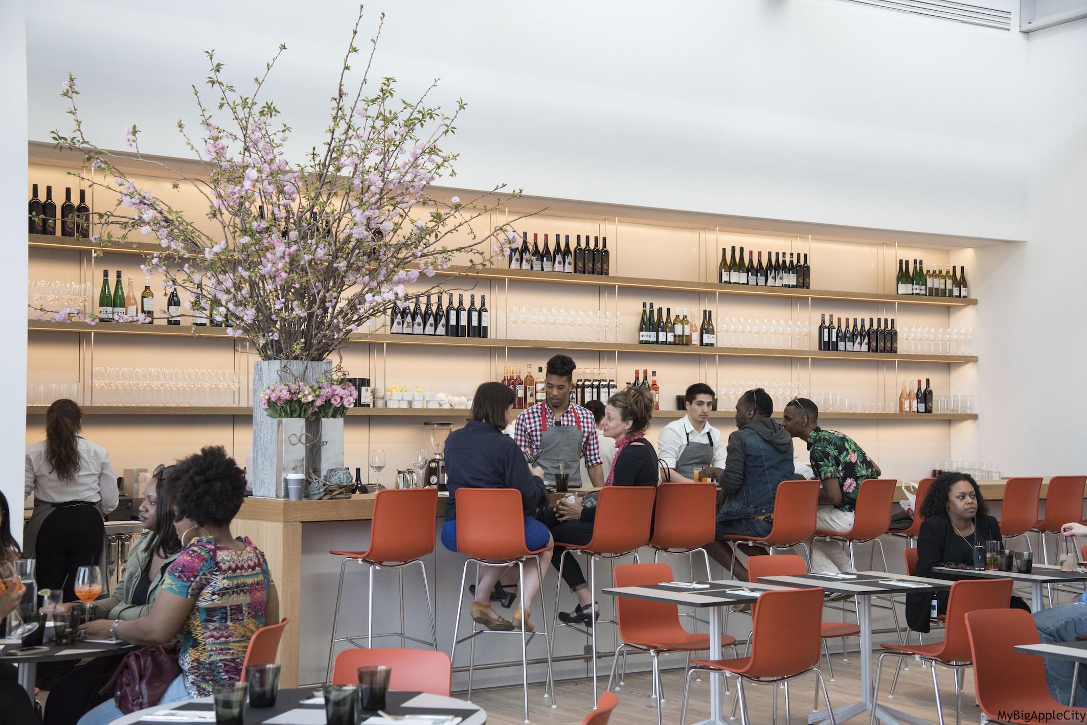 Whitney-Museum-NYC-restaurant-travelblogger