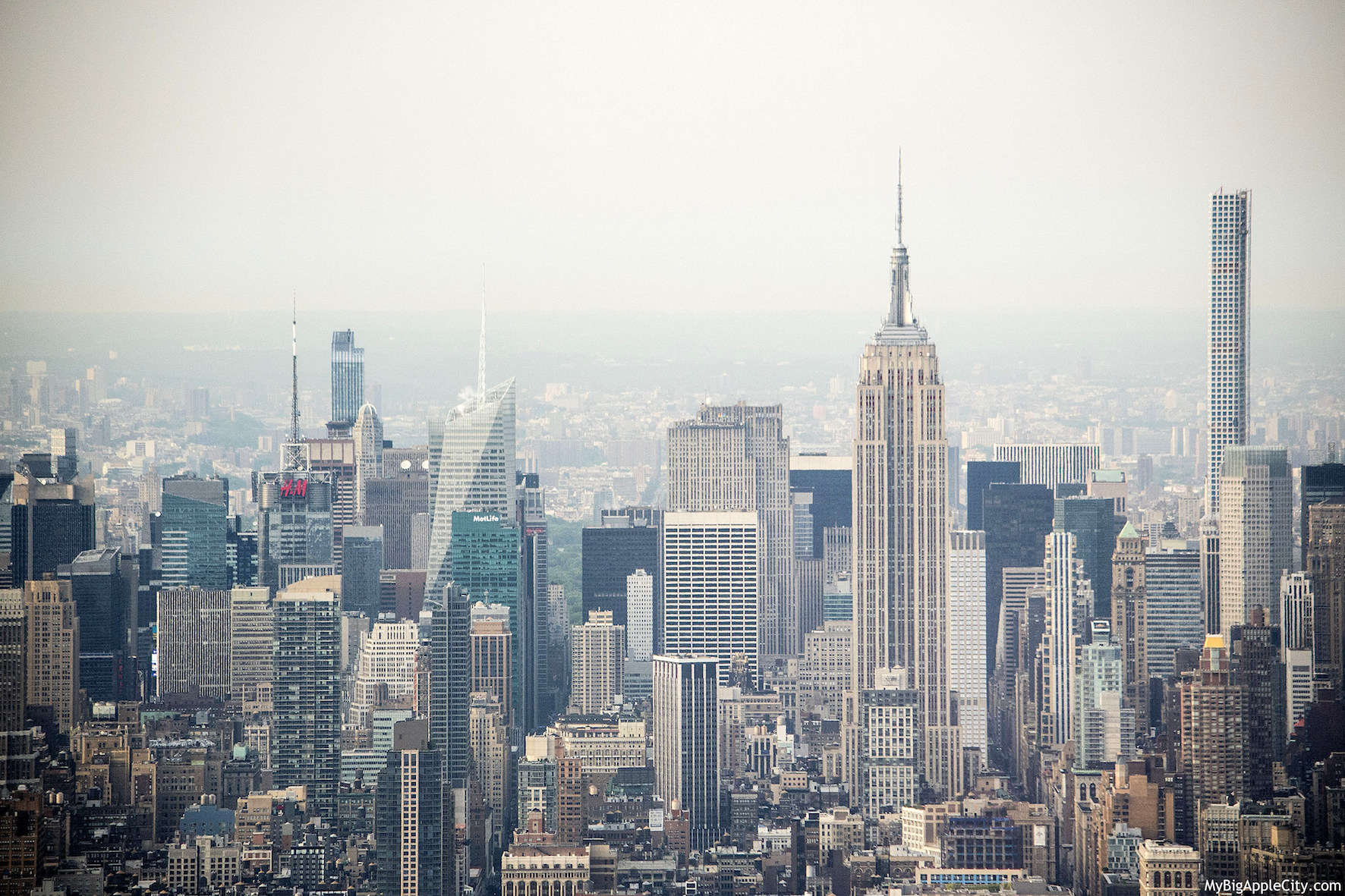 One-World-Observatory-Freedom-Tower-NYC-travelblogger-mybigapplecity