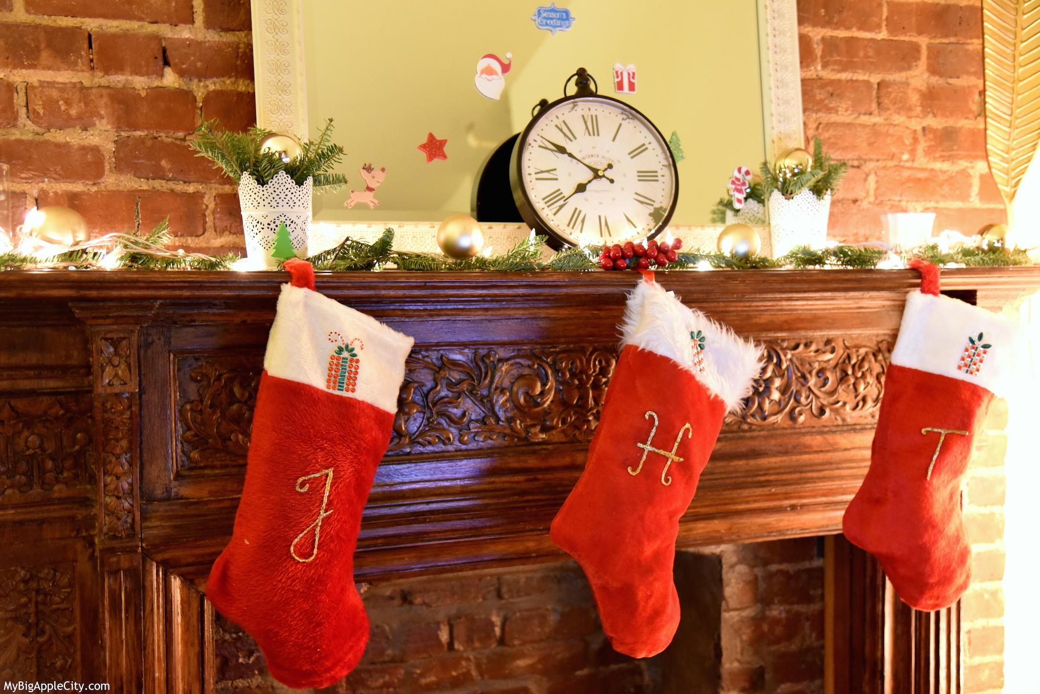 Lifestyle-Travel-Fashion-Blogger-Christmas-Decorations-MyBigAppleCity