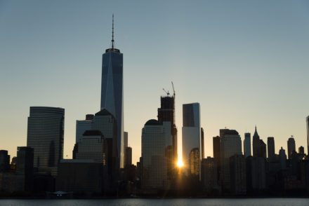 Lever du soleil sur Manhattan Freedom Tower