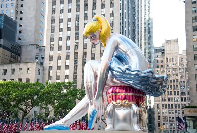 Jeff Koons Ballerina NYC Rockefeller Center