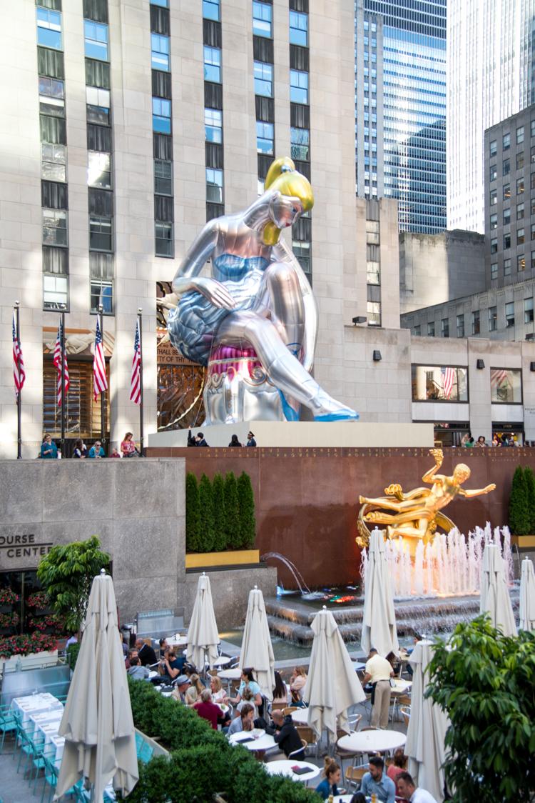 Ballerine de Jeff Koons à New York