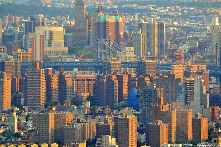 manhattan-bridge-view-nyc-buildings