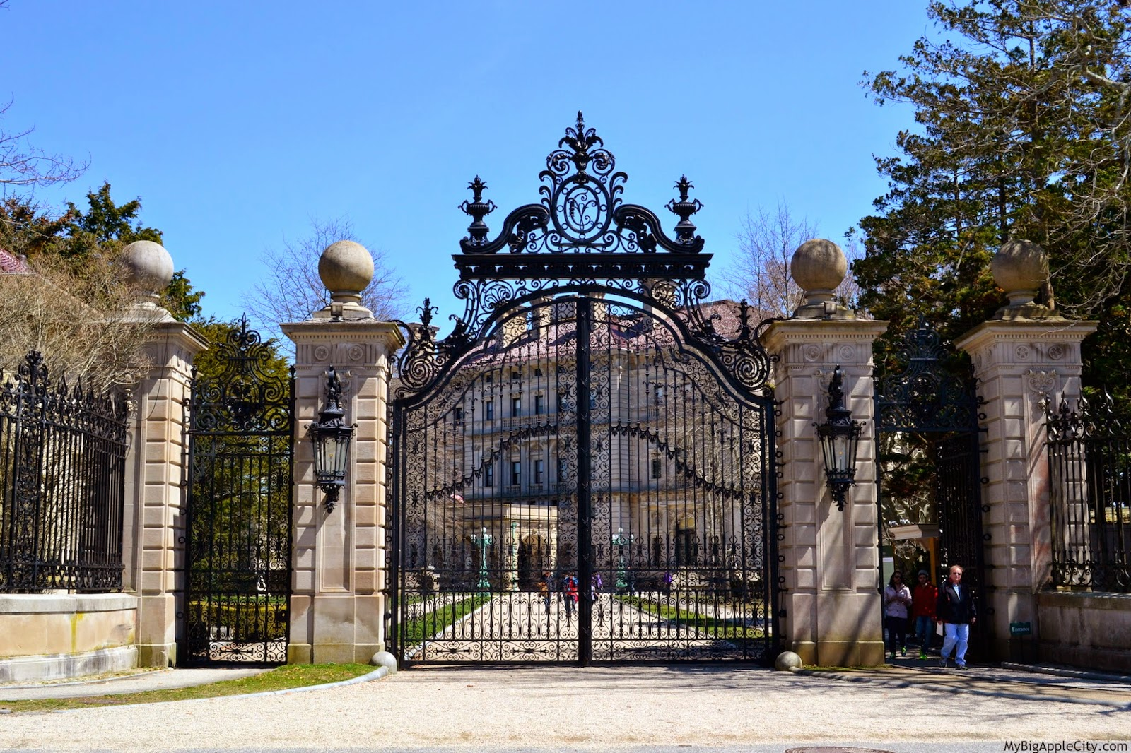 mansions-newport-RI-travel
