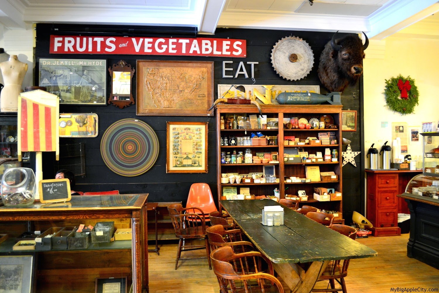 outdated-vintage-coffee-shop-kingston-ny