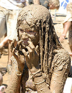 mud mania extreme obstacle race